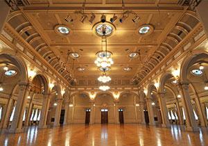 「大阪市中央公会堂」の画像検索結果